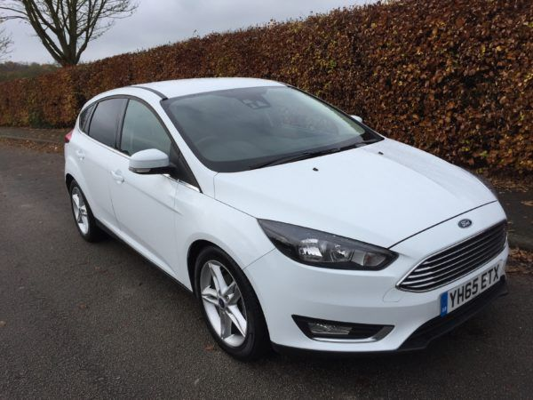 2015 Ford Focus 1.0 Eco Boost 5dr image 2