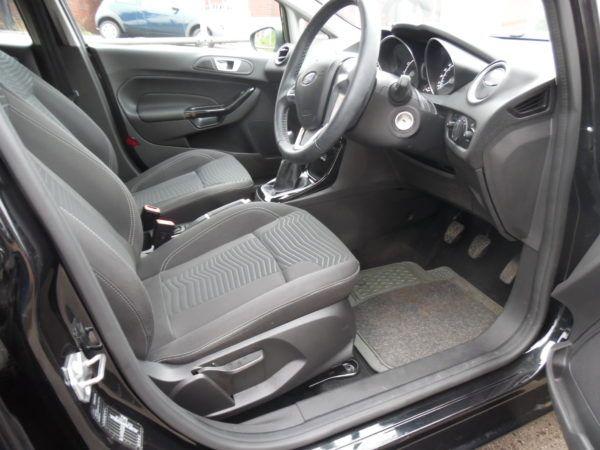 2015 Ford Fiesta 1.2 Zetec 5dr image 6