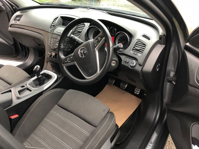 2011 Vauxhall Insignia 1.8i 16V SRi 5dr image 7