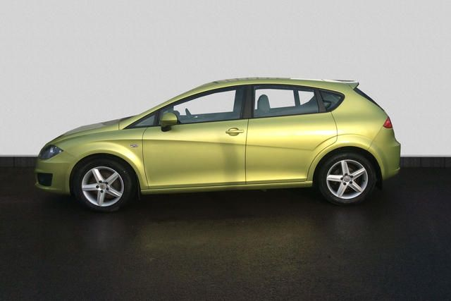 2010 Seat Leon 1.6 TDI S CR Ecomotive 5dr image 3