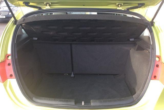 2010 Seat Leon 1.6 TDI S CR Ecomotive 5dr image 5