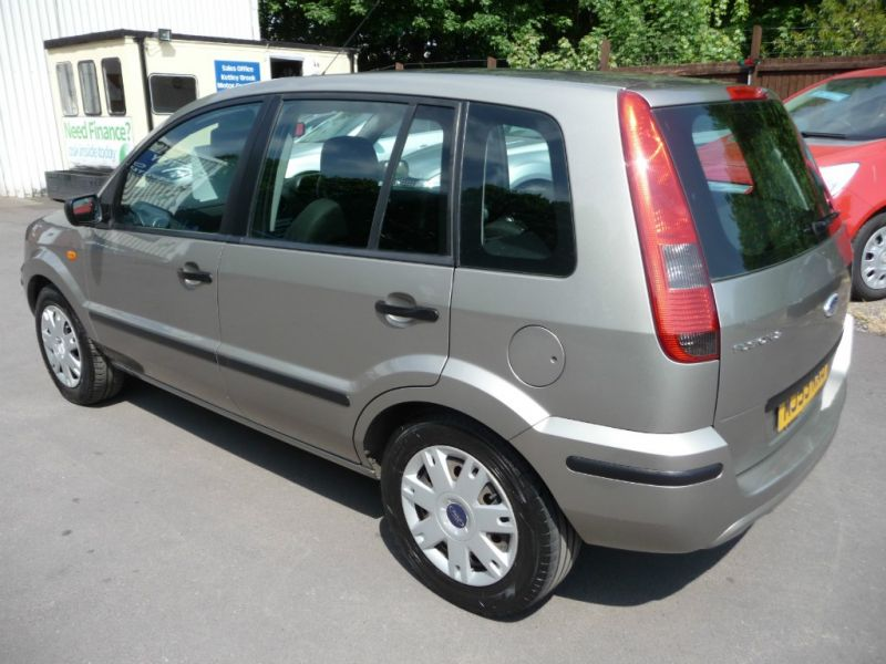 2004 Ford Fusion 1.4 2 5dr image 4