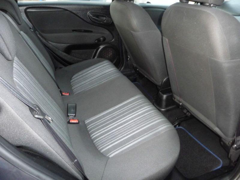 2010 Fiat Punto 1.4 8v 5dr image 8