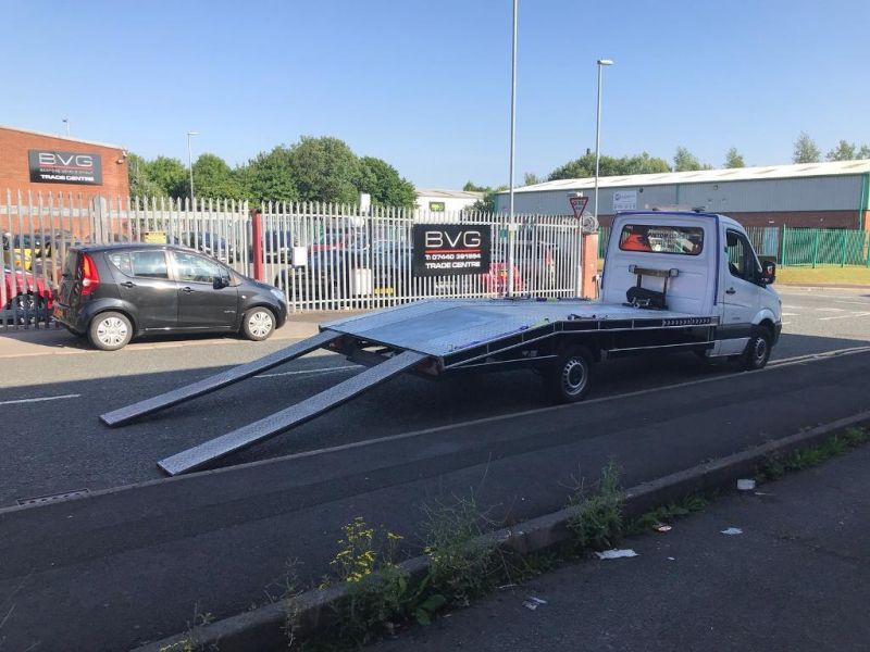 2008 Mercedes Sprinter 311 Recovery Truck image 3