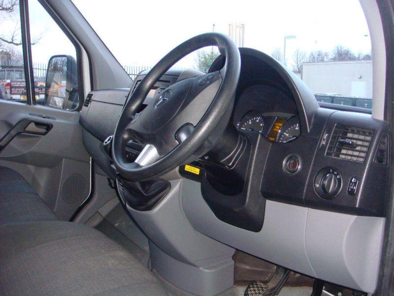 2015 Mercedes Drop Side Truck 313 Sprinter Cdi image 7