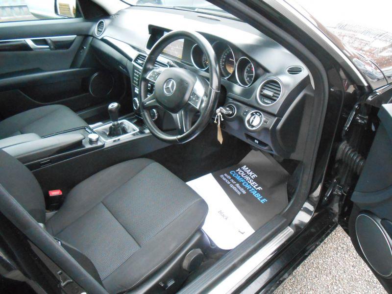 2011 Mercedes-Benz 1.8 C180 4dr image 5