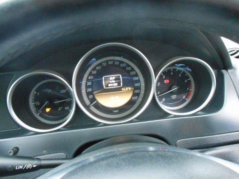 2011 Mercedes-Benz 1.8 C180 4dr image 6