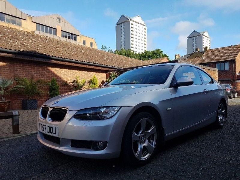 2007 BMW 3 Series 320i SE image 1
