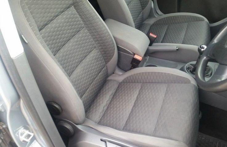 2009 VW Touran 1.9 TDI SE image 6