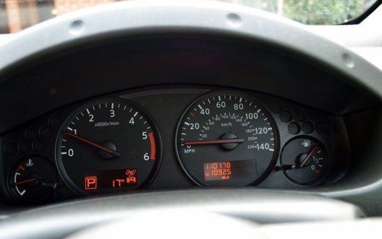 2012 Nissan Navara image 6
