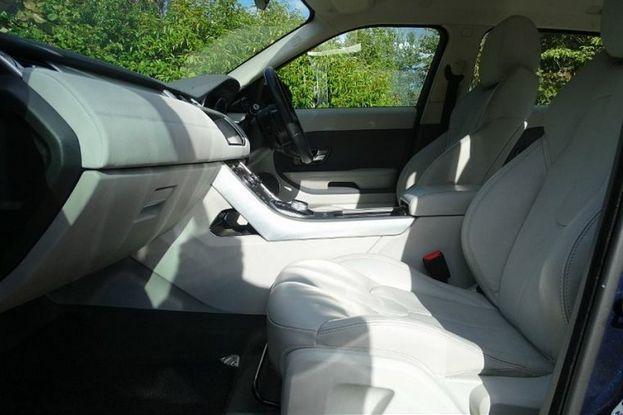 Land Rover Range Rover Evoque 2.2 SD4 (190hp) Pure TECH image 3
