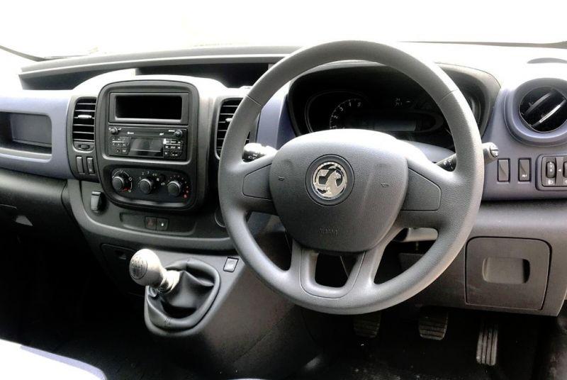 2018 Vauxhall Vivaro 1.6L L1H1 2700 CDTI image 6