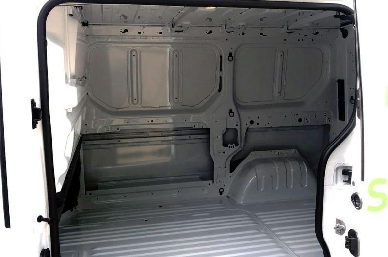 2018 Vauxhall Vivaro 1.6L L1H1 2700 CDTI image 7