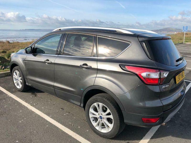 2017 Ford Kuga image 1