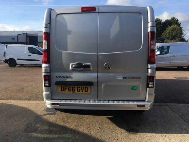 2016 Vauxhall Vivaro 1.6 Cdti image 8