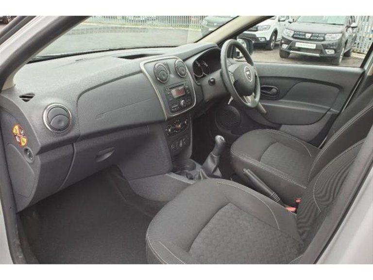 2015 Dacia Sandero 1.5dCi image 3