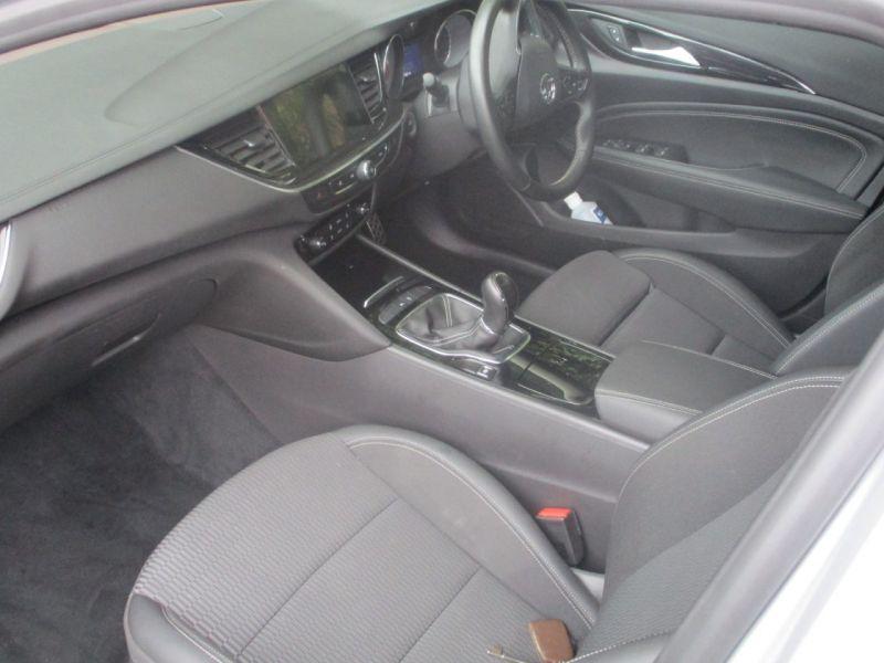 2017 Vauxhall Insignia Grand Sport Sri image 7