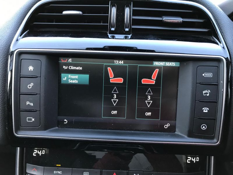 2016 Jaguar XE 2.0 image 7