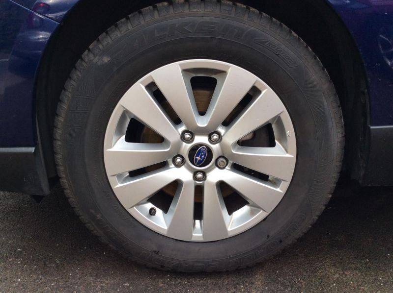 2015 Subaru Outback 2.0D SE 5dr image 3