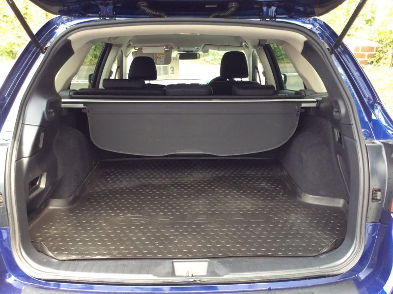 2015 Subaru Outback 2.0D SE 5dr image 4