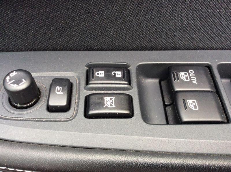 2015 Subaru Outback 2.0D SE 5dr image 6