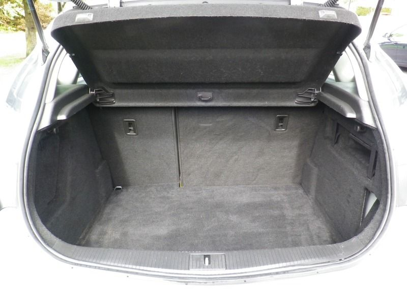 2012 Vauxhall Astra 1.4 5dr image 6