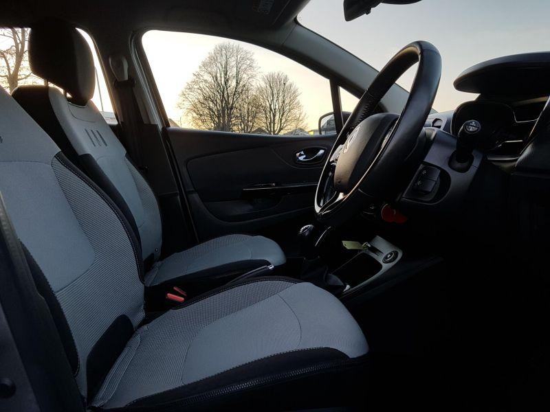 2015 Renault Captur1.5 dCi image 5