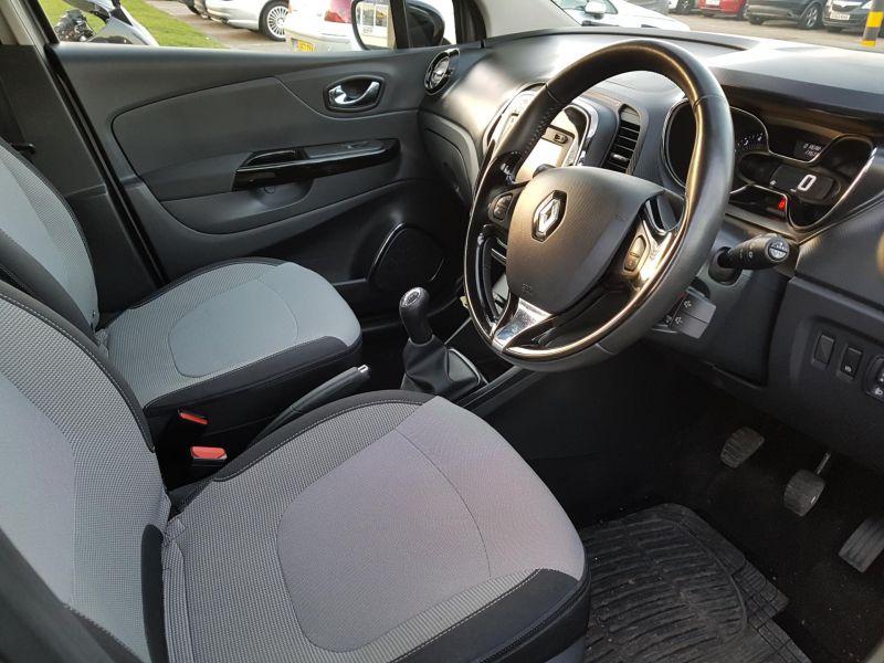 2015 Renault Captur1.5 dCi image 7