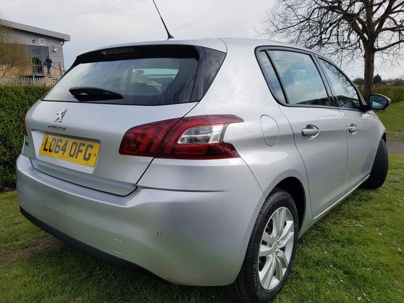 2015 Peugeot 308 1.6 HDi 5dr image 3