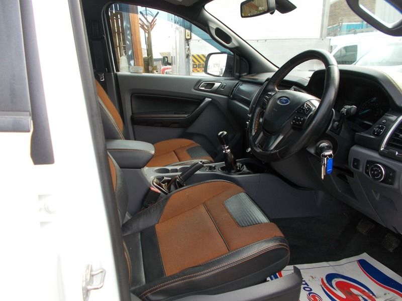 2016 Ford Ranger WILDTRAK 4X4 DCB TDCI image 5