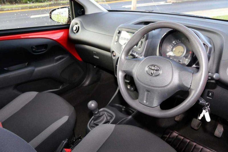2016 Toyota Aygo VVT-I X image 7