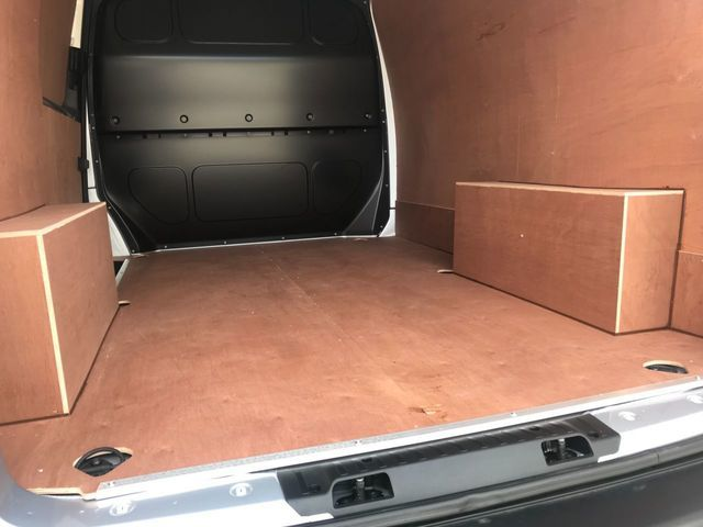 2018 Volkswagen Transporter 2.0 T28 Tdi image 13