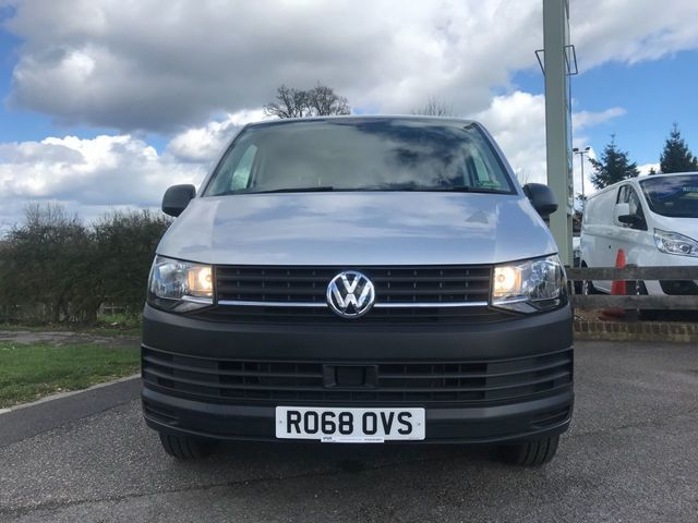 2018 Volkswagen Transporter 2.0 T28 Tdi image 14