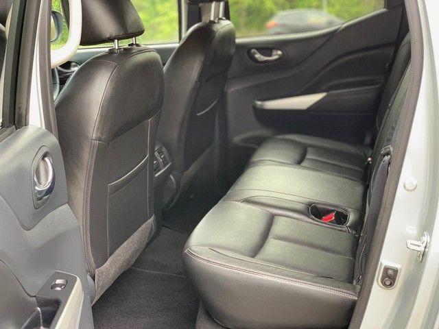 2016 Nissan Navara 2.3 Dci Tekna 4X4 Shr Dcb image 11