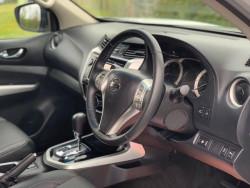 2016 Nissan Navara 2.3 Dci Tekna 4X4 Shr Dcb image 8