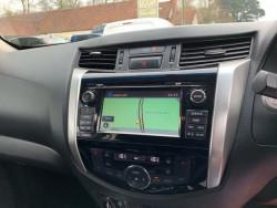 2016 Nissan Navara 2.3 Dci Tekna 4X4 Shr Dcb image 10