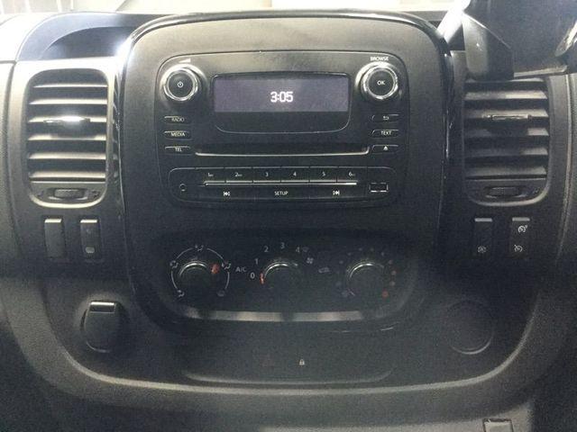 2016 Vauxhall Vivaro 1.6 2700 L1H1 Cdti Sportive Ecoflex image 3