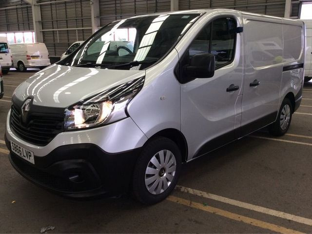 2016 Renault Trafic 1.6 Sl27 Business Dci image 2