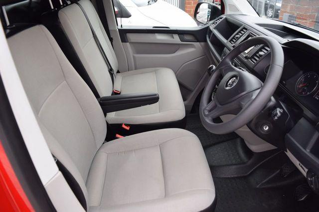 2018 Volkswagen Transporter 2.0 T28 Tdi image 8