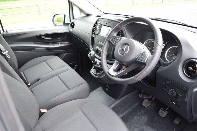 2019 Mercedes-Benz Vito 1.6 111 Cdi image 8