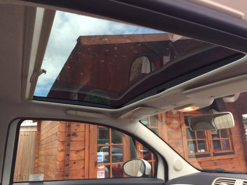 2012 Fiat 500 Lounge 3dr image 7