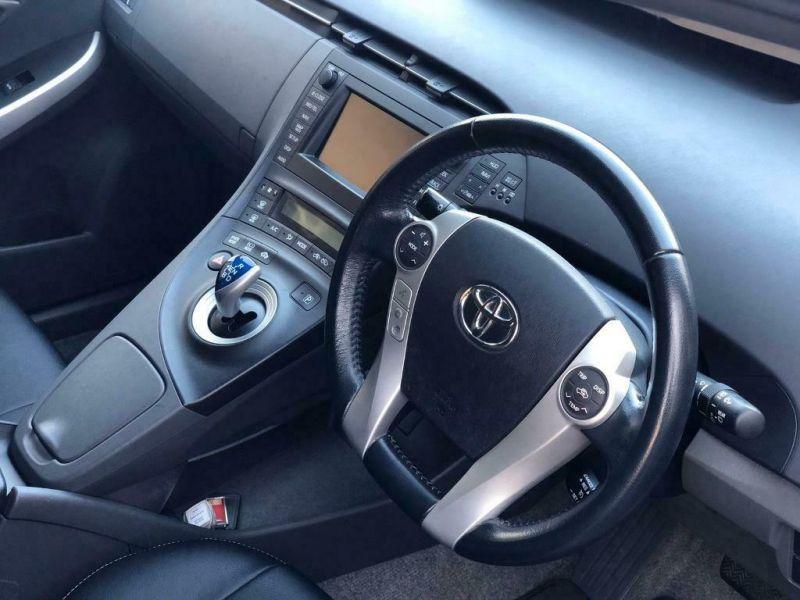 2012 Toyota Prius 1.8 image 5
