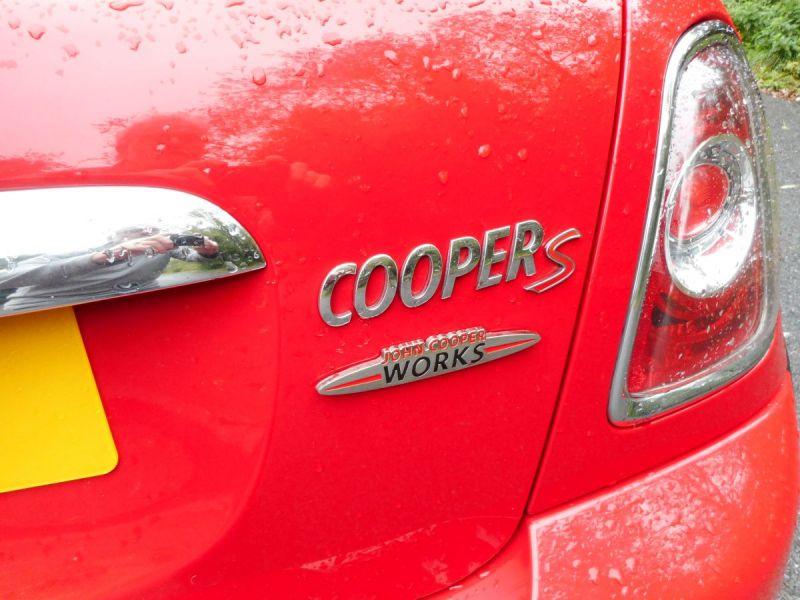 2009 Mini John Cooper Works Coupe image 3
