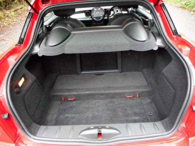 2009 Mini John Cooper Works Coupe image 7