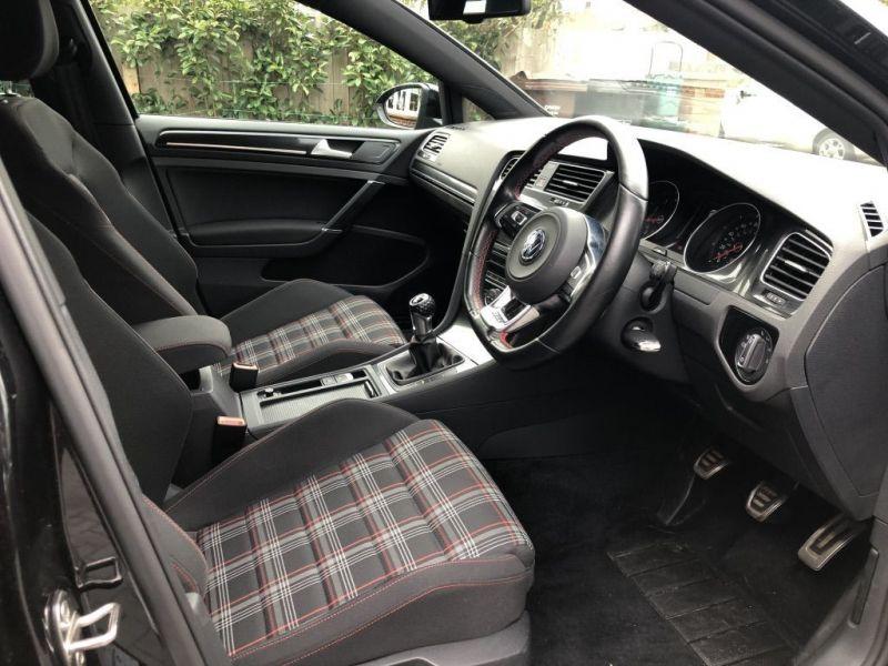 2013 Volkswagen Golf Gti image 8