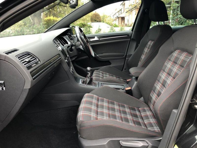 2013 Volkswagen Golf Gti image 11