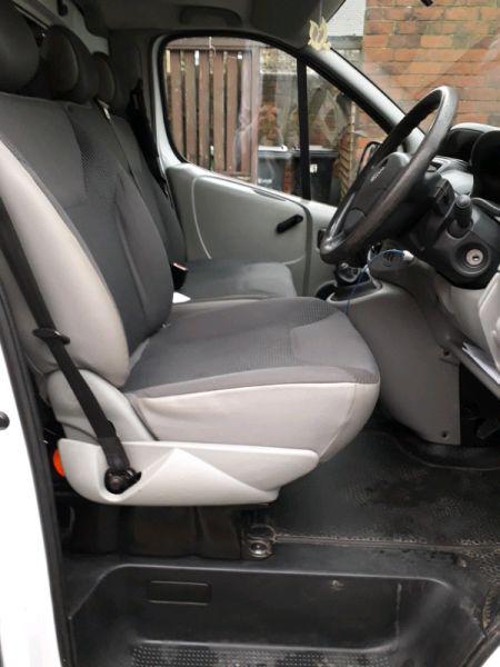 2012 Vauxhall Vivaro 2.0 image 4