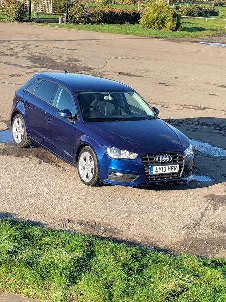 2013 Audi A3 Sport Back image 1