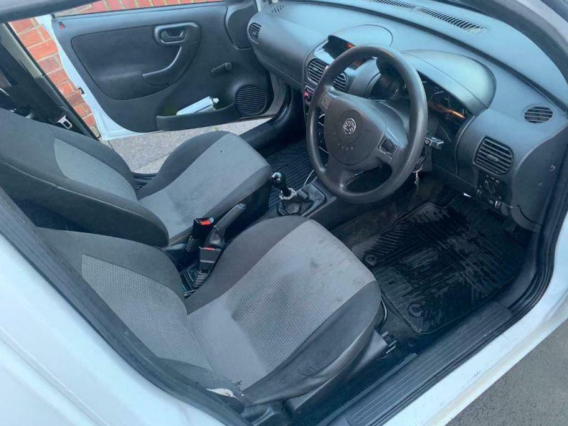 2005 Vauxhall Combo 1.7cdti image 7