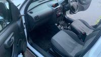 2005 Vauxhall Combo 1.7cdti image 6